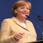 Merkel défend sa ligne dure sur l'austérité et la croissance