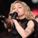 Madonna emballe ses fans lors de son premier concert dans le Golfe