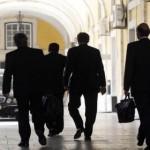 La troïka prête à adapter le plan d'aide au Portugal