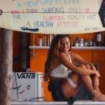 La surfiste la plus sexy de l'Europe est une portugaise
