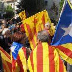 Le parlement de Catalogne proclame l'indépendance