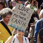 Dérèglement climatique: manifestation planétaire face à l'urgence du Climat