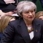 Brexit: Theresa May demande aux députés de «garder leur sang-froid»