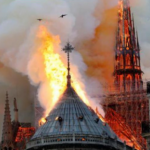 Un grand incendie frappe la cathédrale Notre-Dame de Paris